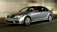 Mercedes Classe S, arriva il pilota automatico