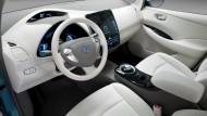 Nissan Leaf dice addio alla benzina
