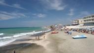 Il Comune di Latina ricorda il divieto di fuochi in spiaggia.