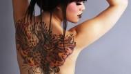 Tatuaggi: moda e rischi