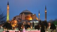 Istanbul, la città tra 2 Mondi