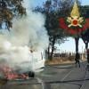 Furgone in fiamme a Via Cinque Archi