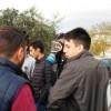 Studenti ancora fuori dai cancelli: anche oggi niente scuola
