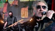 Omaggio a Roger Waters, sabato 17 marzo i Pink Floyd Legend in concerto