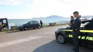 Centinaia di euro falsi: arrestato un romano sul litorale pontino.