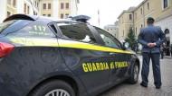 """Operazione """"Gerione"""": sequestrati 10 milioni di euro."""