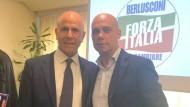 Fausto Lazzarini festeggia l'elezione di Salvatore De Meo di Forza Italia.