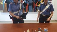 Aprilia, beccato con stupefacenti, arma clandestina ed esplosivi: arrestato.