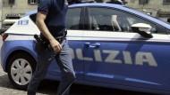 Latina: la polizia arresta un cittadino per tentata rapina ed estorsione.