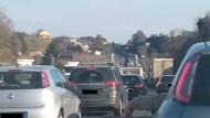 Pontina: 20km di traffico a seguito di un incidente.