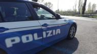 Polizia di Stato di Latina: armato di coltello, denunciato un pregiudicato.