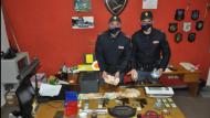 Latina: armi e droga in casa, arrestati due pregiudicati.
