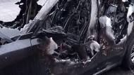 Aprilia: auto a fuoco nelle prime ore della mattinata.