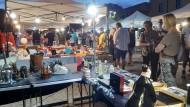 Successo per il Mercatino serale in Piazza Roma durante gli Shopping Days.
