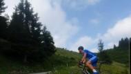 ASD Tre Colli Cycling Team: Matteo Ferrera scala il Monte Zoncolan.