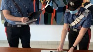 Aprilia: uomo armato di pistola e coltello tenta la fuga dai carabinieri, arrestato.