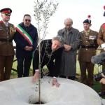 Oltraggiato il monumento in onore di Eric Fletchers Waters