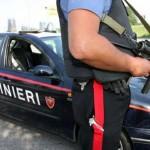 Fermato per un controllo, aggredisce i Carabinieri