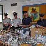 Maxi sequestro di oggetti contraffatti