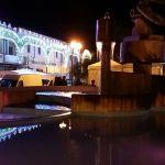 La fontana di Aprilia si tinge di rosa