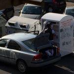 Via Montegrappa, rubano gli abiti destinati ai poveri