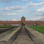 Giornata della Memoria; studenti ad Auschwitz