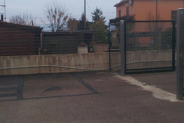 Parcheggio scuola Leda