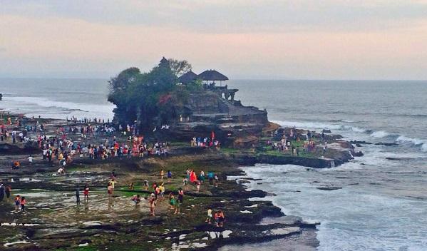 Tempio Tanah lot a Bali