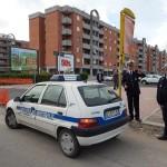 Nuovo incidente ad Aprilia: auto finisce contro un cancello