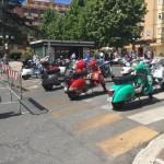 Raduno Vespa Club in Piazza Roma