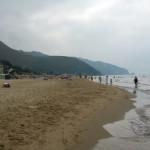 Spiagge sicure: identificati 75 commercianti abusivi sui litorali laziali