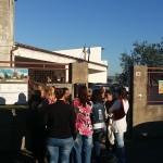 Mobilitazione alla scuola Selciatella, i bambini tornano a casa