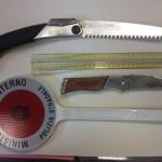 Minaccia con un coltello dopo aver provocato un incidente