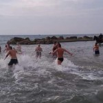 Ammicca ad un minore in spiaggia: caccia all'orco a Latina