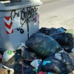 Sciatteria e rifiuti al Parco degli Alpini
