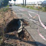 Situazione critica: crolla banchina in via Pantanelle