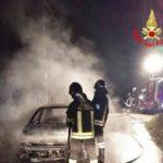 Due auto in fiamme nella serata di ieri