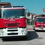 Incendio in Via Carlo Porta: ripostiglio avvolto dalle fiamme