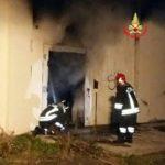 A fuoco nella notte i locali dell'ex dogana