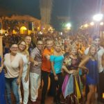 Estate apriliana, grande successo dello Shopping day a ritmo di salsa