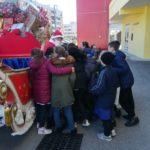 La slitta di Babbo Natale del Toscanini regala sorrisi ai bambini di Aprilia
