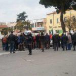 """Protesta della Borgate in Piazza Roma: """"Non ci sono cittadini di serie B"""""""