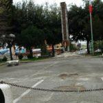Rimosso l'abete natalizio dalla piazza del Monumento dei Caduti
