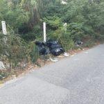 Abbandono selvaggio dei rifiuti: nuove segnalazioni in periferia