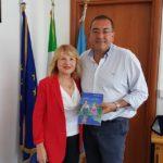 Il Sindaco di Aprilia Antonio Terra incontra la scrittrice Franca Palmieri