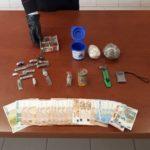 Intercettato mentre vendeva cocaina, in manette un altro spacciatore apriliano