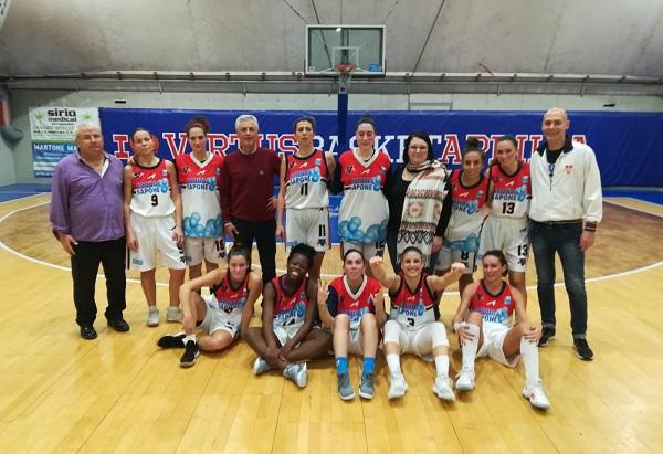 b femminile basket virtus con Assessore Caporaso