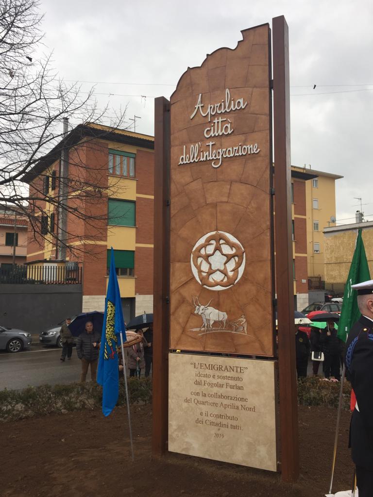 inaugurazione monumento emigrante parco friuli