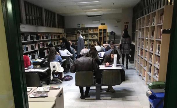 biblioteca comunale interno aule