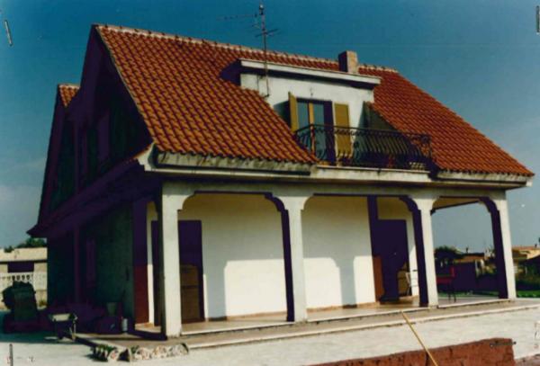 villa via Ciliegi la Cogna